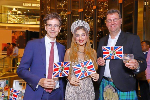 L to R Kieran Drake (British Hgih Commission, Head of Politics and Press)_ Srishti Kaur (Miss Teen Universe 2017)_ Stuart Harvey (Master blender, IBHL)