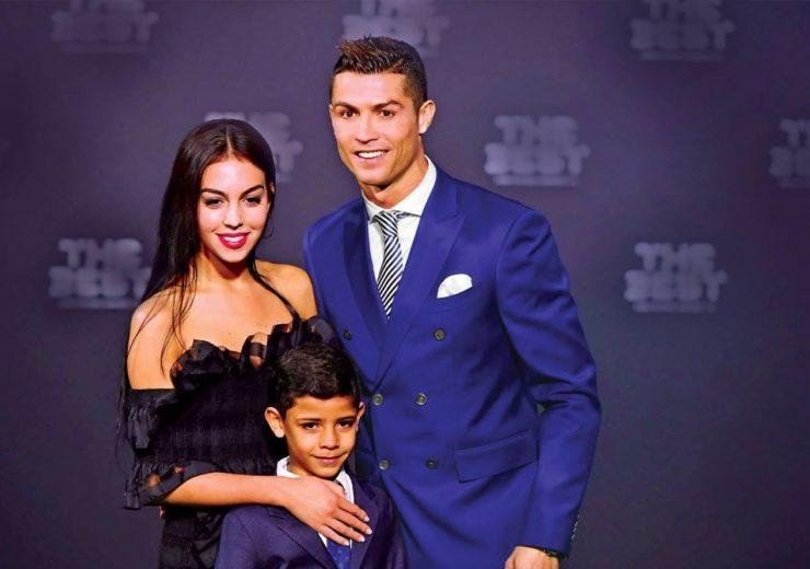 Cristiano-Ronaldo-with-girlfriend-Georgina-Rodriguez1