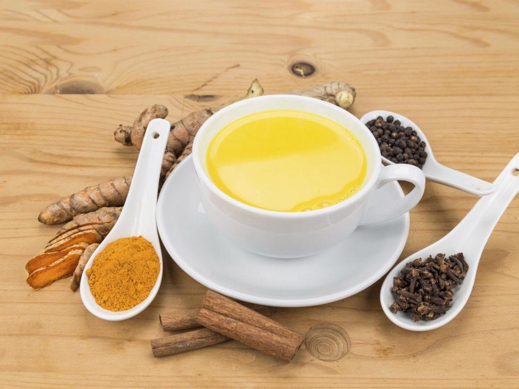 Foods to keep allergies away
