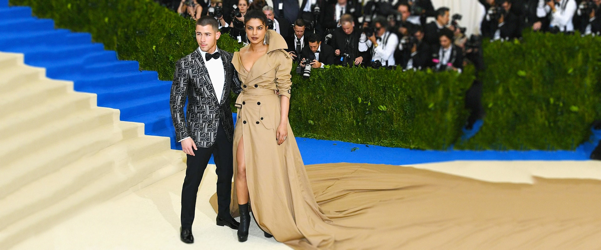 Nick Jonas Priyanka And Other Celebs Who Dated Despite Huge Age