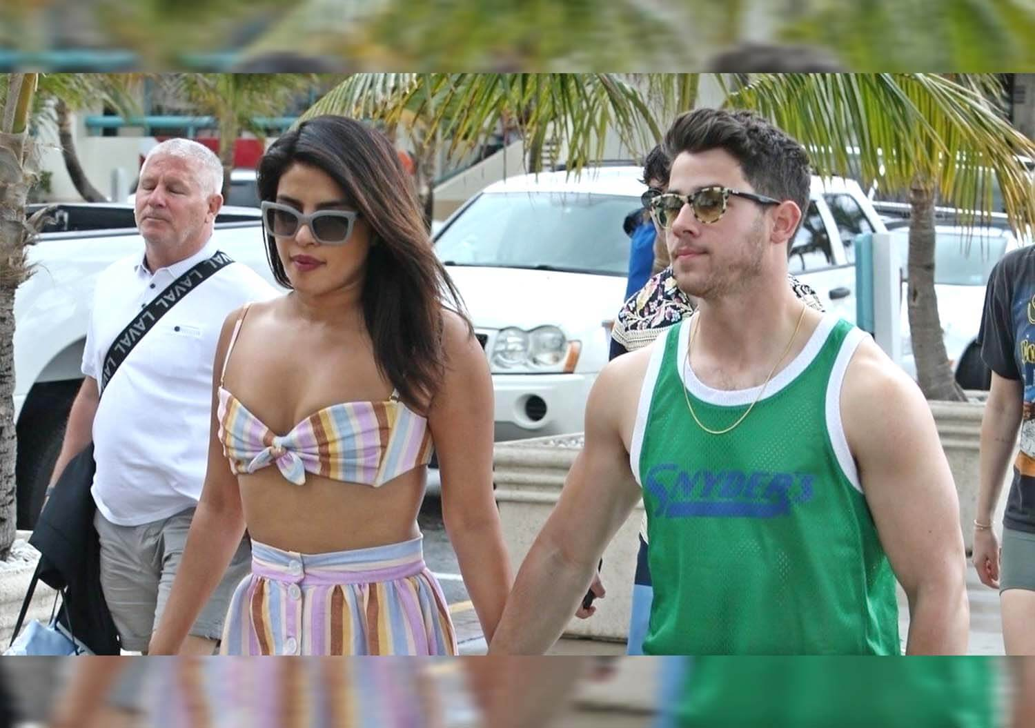 Priyanka Nick in Hoildaying