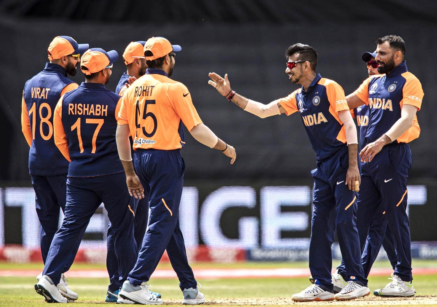 World Cup 2019 Indian Cricket Team Flaunts Their New Jersey