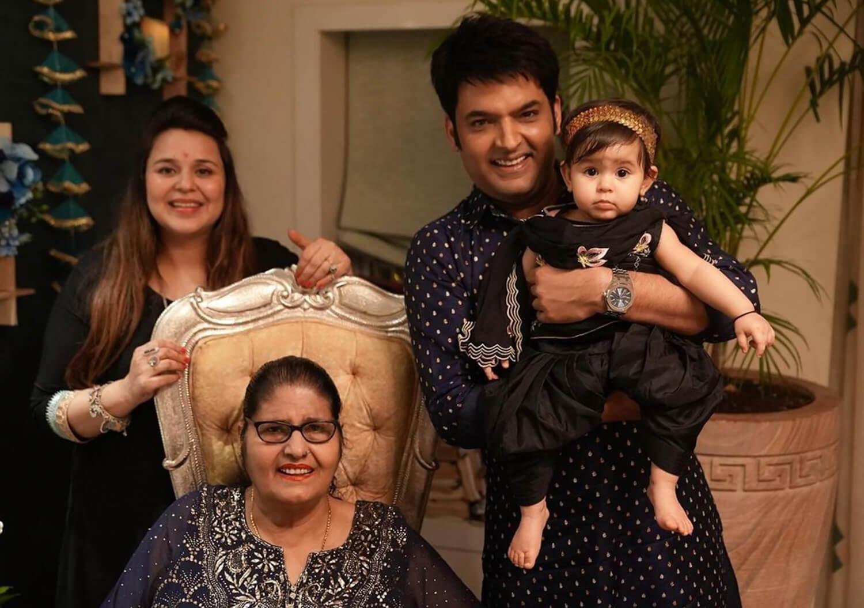 Quality Family Time Of Kareena, Suhana And Kapil Sharma - Bold Outline : India's leading Online Lifestyle, Fashion & Travel Magazine.